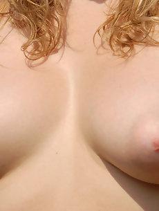 Lips Galleries